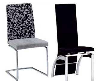 Esszimmerstuhl schwarz und Freischwinger schwarz